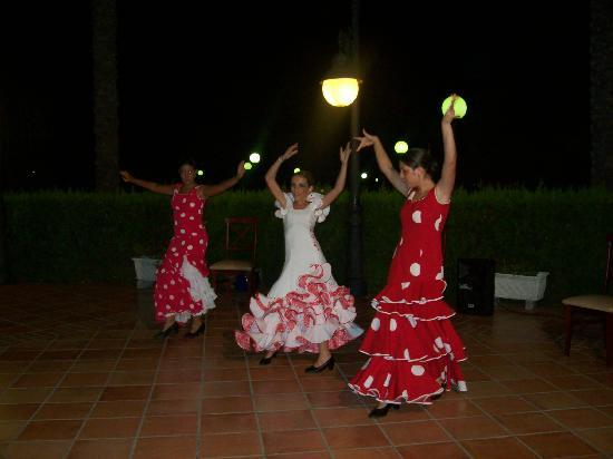 Dunas de Doñana Golf Resort: tablado flamenco por la noche