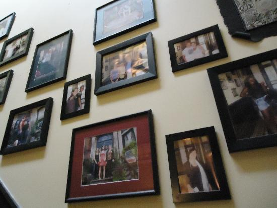 The International Cozy Inn: Sweet photos on the wall