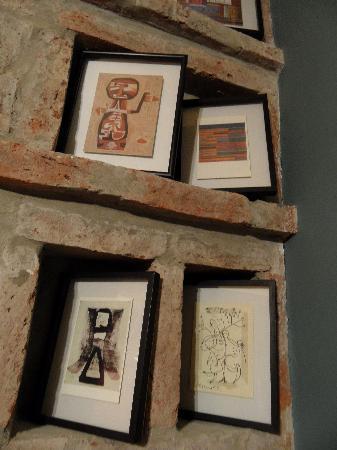 Posada Palermo B&B en-suite: Artwork throughout!