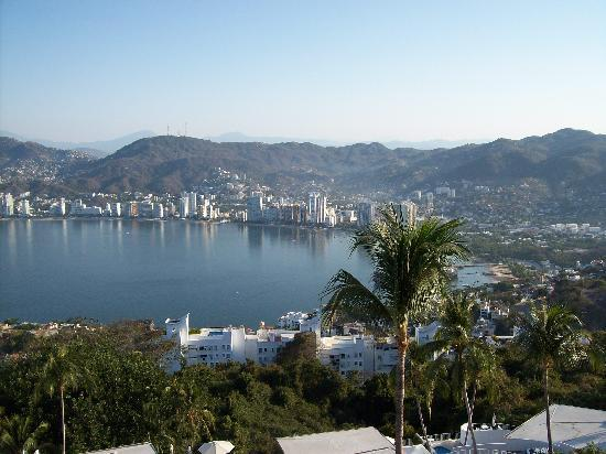 Las Brisas Acapulco: View of the bay from 444.