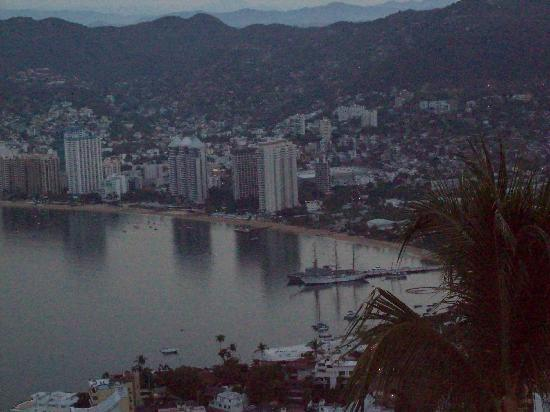 Las Brisas Acapulco: Bay view from our Casita.
