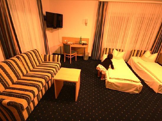 Hotel Bettina: Room