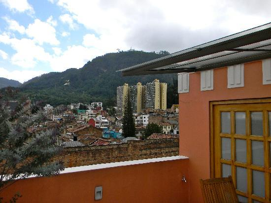 Hotel Casa Deco : view from the roof of the hotel...Cerro Monserrate in background