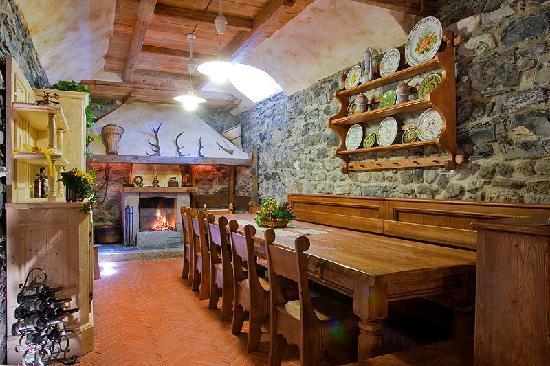 Albergo Ristorante Grigna : La Taverna