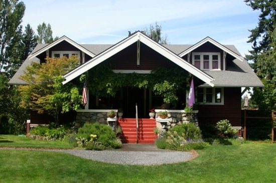 Kangaroo House Bed & Breakfast on Orcas Island: Welcome to Kangaroo House B&B