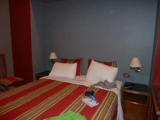 Paris Hotel: lit