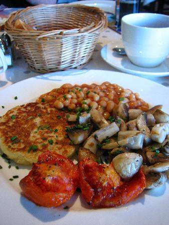 Hillside Lodge: Nice vegetarian breakfast