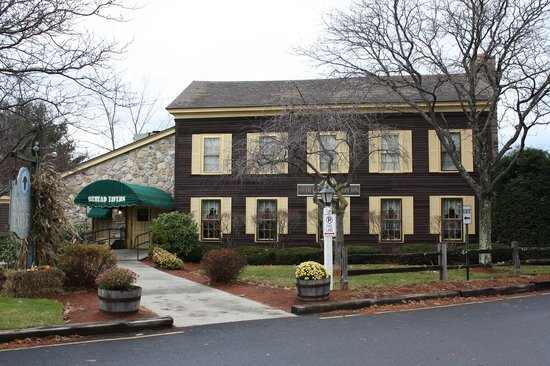 Sturbridge, MA: The Oxhead Tavern