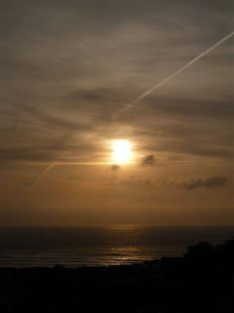 Sandunes Guesthouse : Sunset over Woolacombe viewed from Sandunes B&B