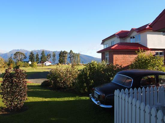 Te Anau Lodge: in the morning