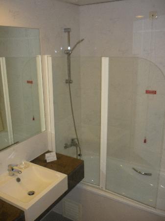 VIP Executive Santa Iria Hotel : Baño1