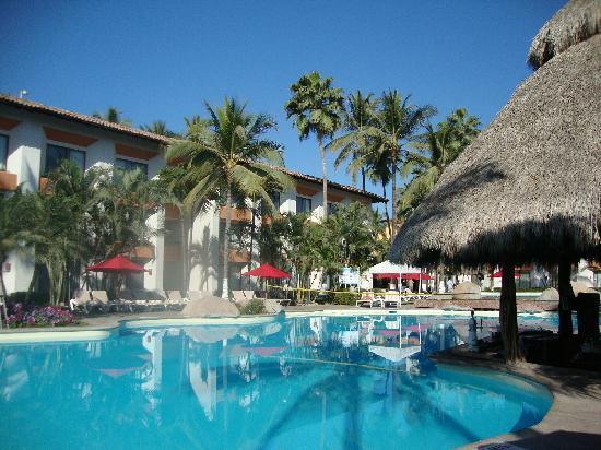Plaza Pelicanos Grand Beach Resort Puerto Vallarta