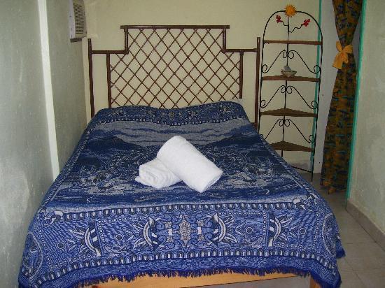 Hotel Las Palmas: Comfortable beds