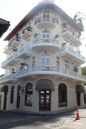 Las Clementinas Hotel: Front of hotel