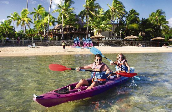 Outrigger Fiji Beach Resort: Lagoon activities