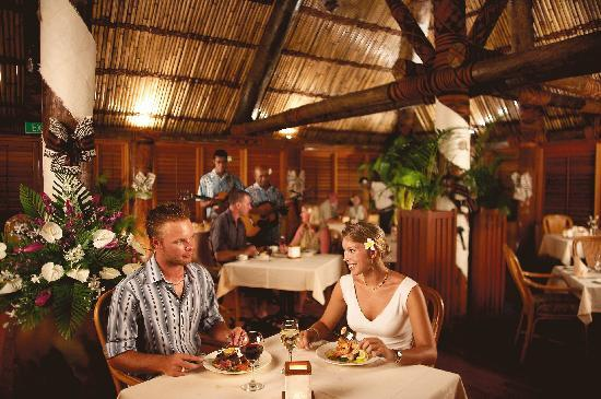 Outrigger Fiji Beach Resort : Ivi Restaurant
