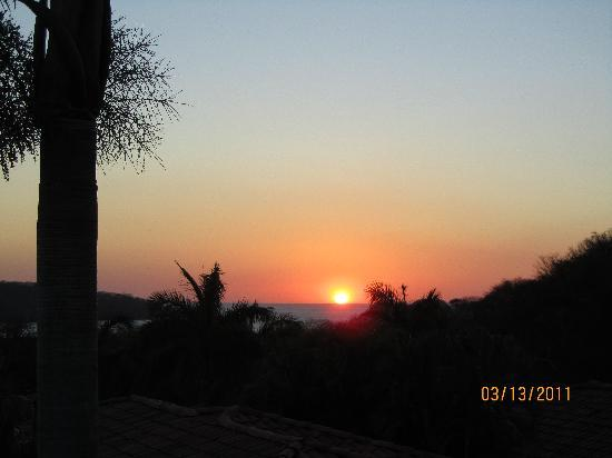 Villas Sol Hotel & Beach Resort: Sunset from our veranda.