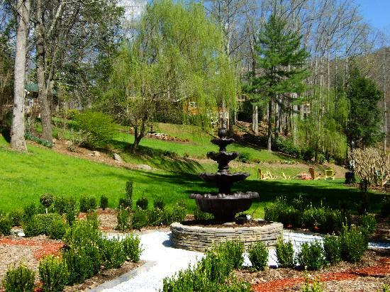 Our new formal garden picture of asheville cabins of for Tripadvisor asheville nc cabins