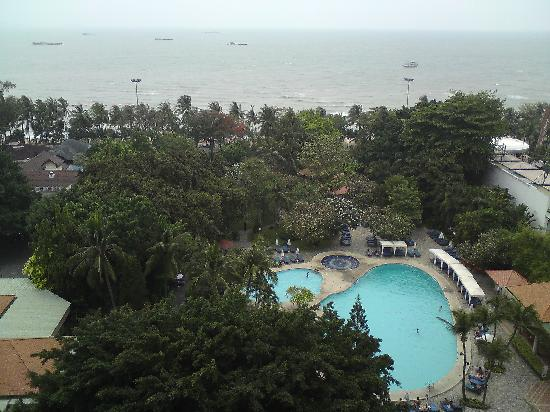 Montien Hotel Pattaya: View from the Balcony