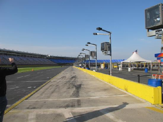 Speedway Club Charlotte Motor Speedway: autodromo3