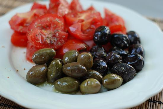 Incirliev Alacati: organic olives