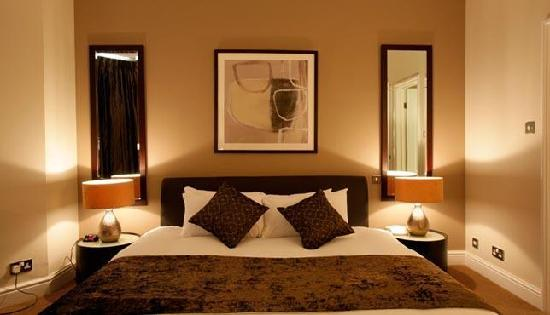 The Lodge Hotel, Putney: Luxury Double Rooms at The Lodge Hotel London