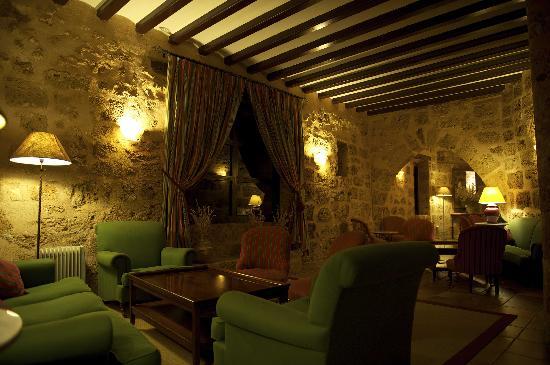 Hotel Monasterio de Piedra & Spa: Bar Cafetería El Granero