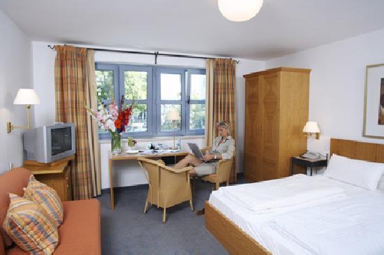 Hotel-Gasthof zur Mühle: Zimmer