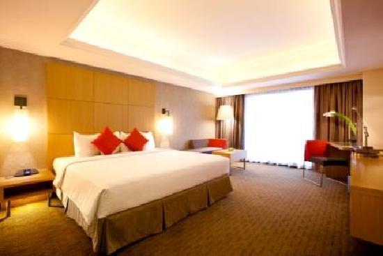 Novotel Singapore Clarke Quay: Executive Room 1 King bed