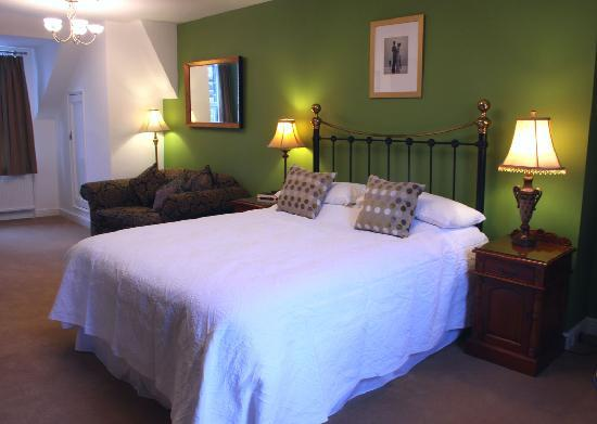 Wynnstay House: King Sized double room