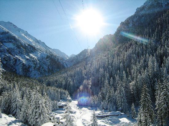 Fagaras, Romania: Ice Hotel Landscape