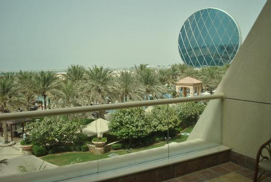 Al Raha Beach Hotel: Stunning view from our balcony.