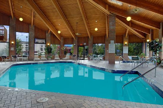 Baymont Inn & Suites LaGrange: Indoor Heated Pool & Whirlpool