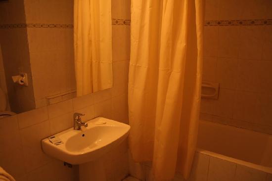 Capitol Hotel: bagno