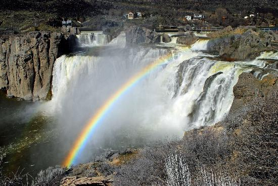 ‪‪Twin Falls‬, ‪Idaho‬: Rainbow at Shoshone Falls‬