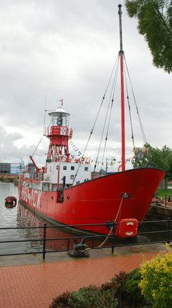 Lightship 2000: Lightship in Cardiff Bay