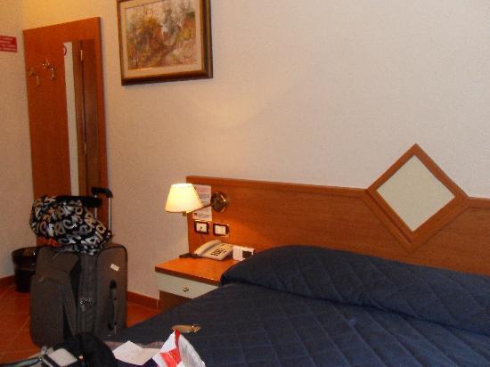 Hotel Axial: Room