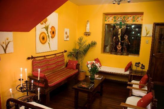 Hotel Sierra Madre: Lobby