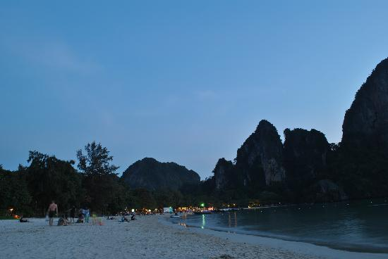 Railei Beach Club: Sun gone Railay West