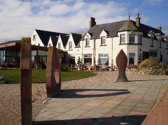 Kildonan Hotel: Kildonan in the sun