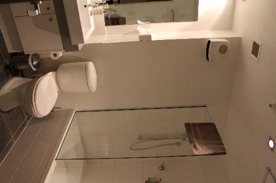 Airport Christchurch Luxury Motel & Apartments: Bathroom