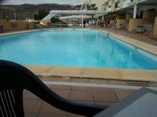 Apartamentos Castillo de Sol: pool