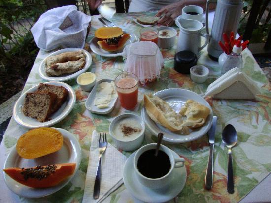 Pousada Santa Clara: El cafe da manha