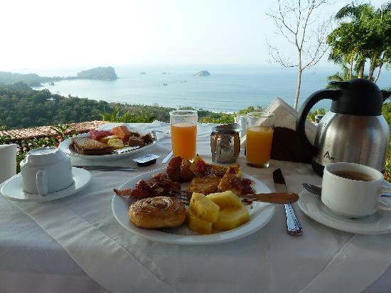 La Mariposa Hotel : Breakfast at La Mariposa