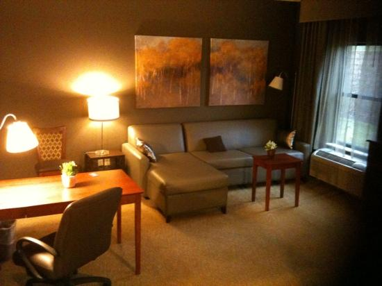 Hampton Inn & Suites Valparaiso: executive suite