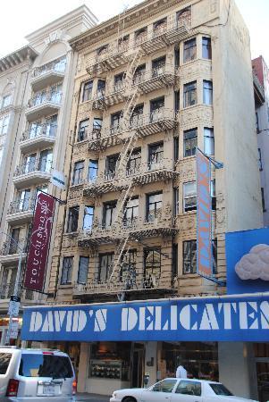 Touchstone Hotel - City Center: Facade