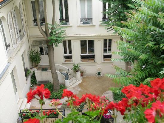 Hotel des bains paris frankrike omd men och for Hotel des bains paris