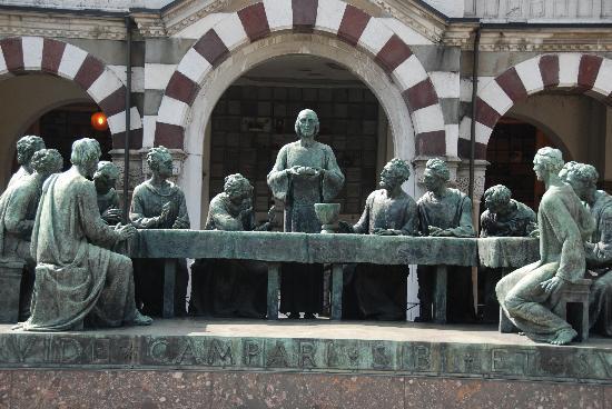 Cimetière Monumental : Friedhof