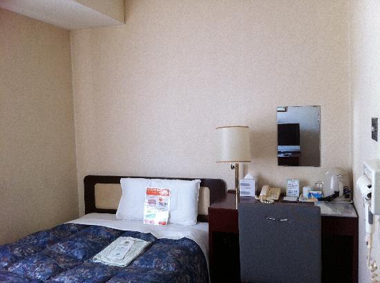 Comfort Inn Hiroshima Heiwa-Odori: Zimmer