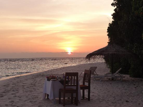 J Resorts Alidhoo : Sunset
